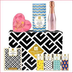 Buy her the Champagne & Prosecco Luxury Chocolate Hamper