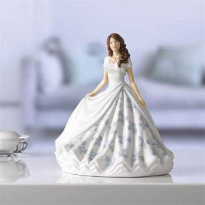 Buy her a Royal Doulton Collectable Figurine for this anniversary gift